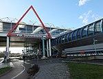 Wejście na dworzec Duivendrecht.JPG