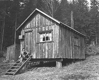 West Vancouver Memorial Library - A cabin at 15th St. and Ottawa Ave. in 1942. From the William Mcphee collection