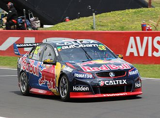 2016 Supercheap Auto Bathurst 1000 - The car of Jamie Whincup and Paul Dumbrell was fastest in four of the six practice sessions.