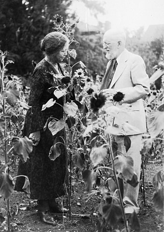 Theodore Dru Alison Cockerell - Cockerell with his wife Wilmatte Porter Cockerell, 1935