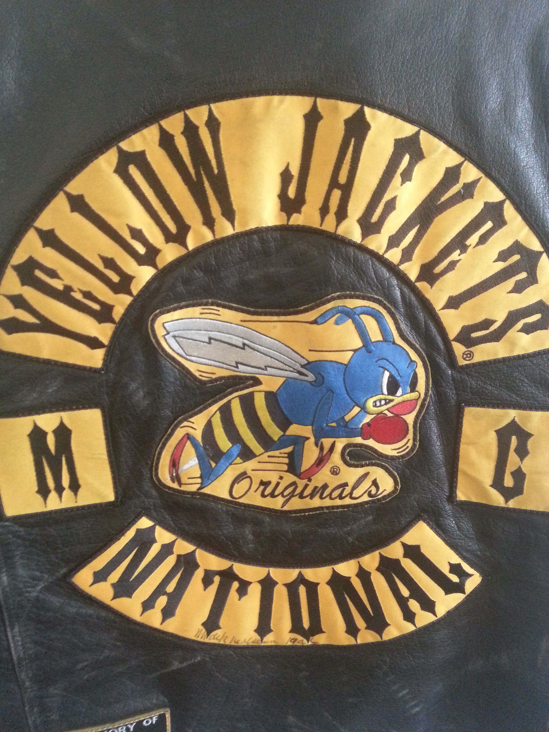 yellow jackets motorcycle club wikipedia. Black Bedroom Furniture Sets. Home Design Ideas