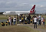 Young Aircraft Spotters-05+ (520631216).jpg