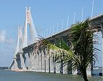 Zhanjiang bridge-edit.jpg