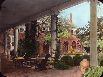 """Tobias Lear - """"Wellington,"""" Malcolm Matheson house, Fox Hunt Road, Alexandria, Virginia, by Frances Benjamin Johnston, 1931. Built in the 18th century for Colonel Tobias Lear; from his death in 1818, owned by descendents of George Washington"""