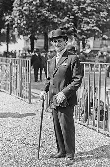 (Pierre) Wertheimer (propriétaire du cheval Epinard, à l'hippodrome de Saint-Cloud, lors du match contre le cheval Sir Gallahad, 1924. május 19.) - (photographie de presse) - (Agence Rol) .jpg