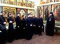 Игумен Евфимий (Моисеев) с учащимися К(П)ДС.JPG