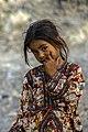 عکس دختربچه با لباس بلوچ- روستای سرمیدان-منطقه قلعه گنج.jpg