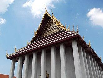 Wat Saket - The main wihan