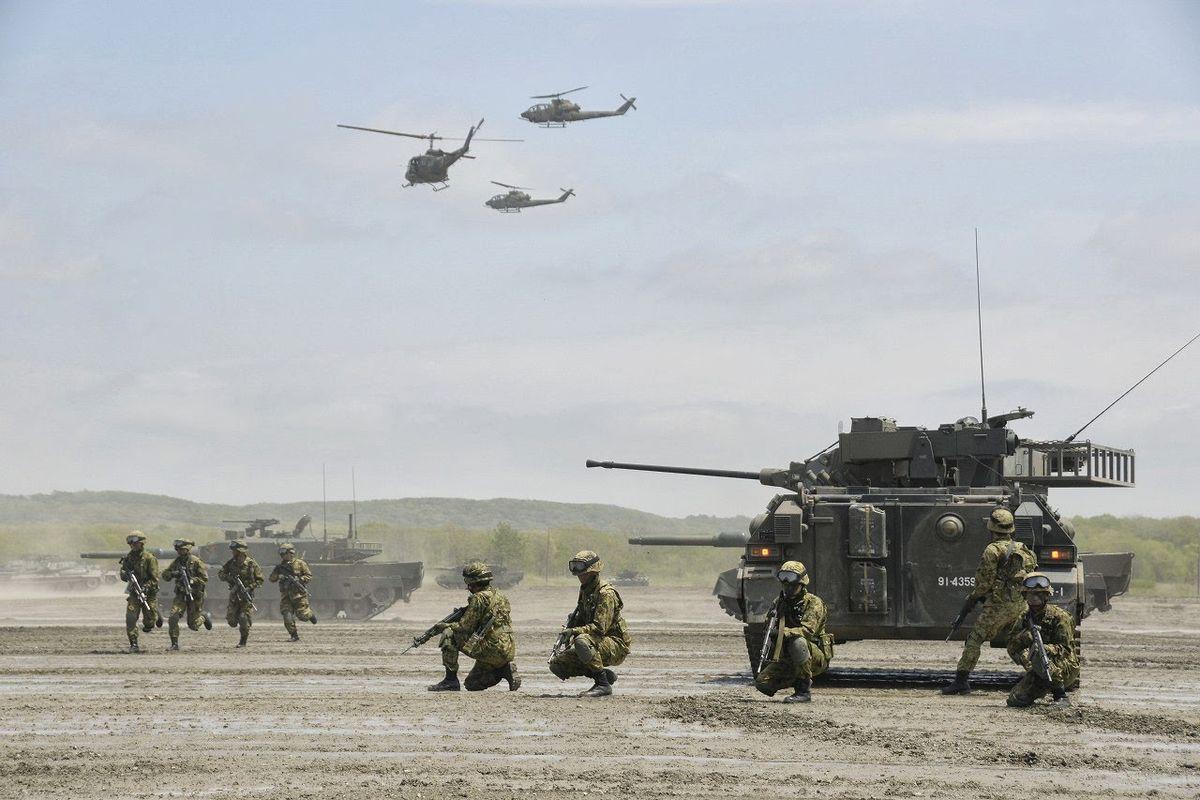 陸上自衛隊の装備品一覧 - Wikipedia