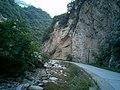 溪流和公路并行 - panoramio.jpg