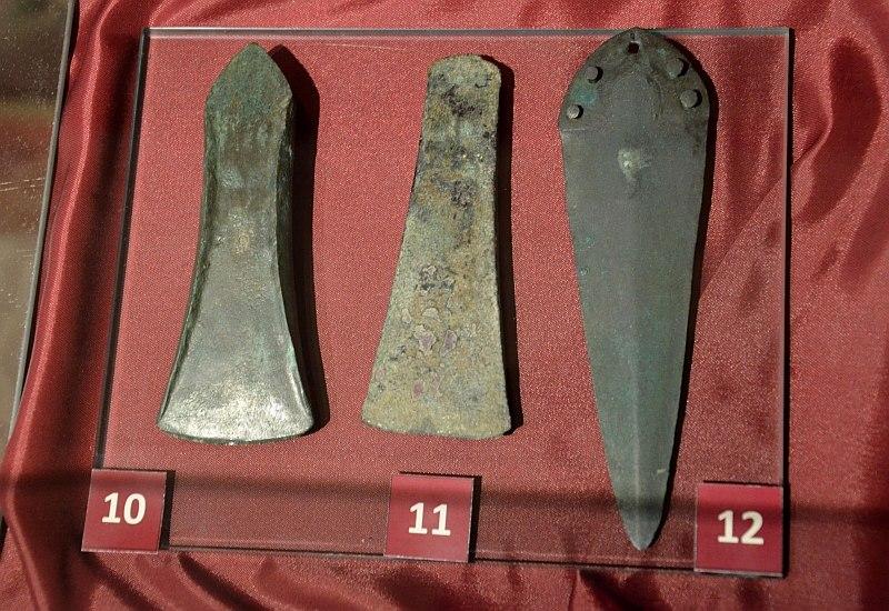 034 small axe 10.) 2nd m. BC, 11.) late 3rd m.BC, 12.) dagger 2nd m. BC