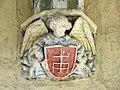 073 Sant Jeroni de la Murtra, galeria nord del claustre, mènsula amb escut.JPG