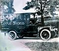 1890 - LOTUS TRUCK.jpg