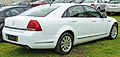 2006-2009 Holden WM Statesman sedan 02.jpg