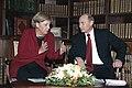 2006 Tomsk Merkel-Putin 105039.jpg