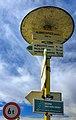2012 Olbrachcice, Znaki pieszych szlaków turystycznych na skrzyżowaniu (01).jpg