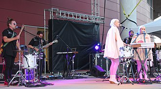 Lucius (band) - Image: 2016Band Lucius