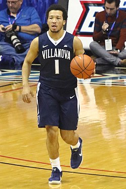 20170213 Villanova-Depaul Jalen Brunson bringing the ball upcourt.jpg