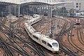 20201027 Train G833 leaving Zhengzhou 02.jpg