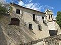 222 Rectoria de Premià de Dalt, façana sud, al fons el campanar de Sant Pere.jpg