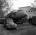 26.01.69 Un avion dans les rues de Toulouse (1969) - 53Fi2327.jpg