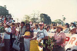 Acto de celebración del Día Internacional de la Mujer Trabajadora en Managua (1988).