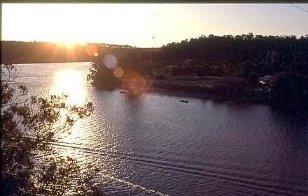 Shoalhaven River at sunset ARiver.JPG