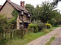 A cottage in Hooton Pagnell - geograph.org.uk - 539257.jpg