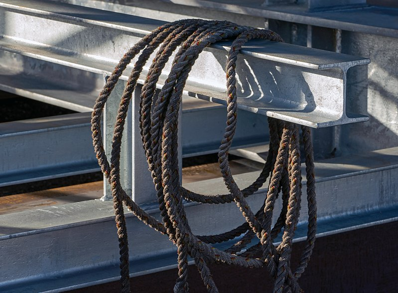 File:A rope on a newly constructed support for preassure tanks 2.jpg