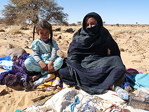 Adrar Region - Mother and daughter selling handicrafts, Adrar Region