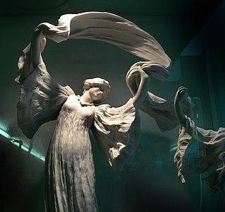 Agathon Léonard-DanseuseFoulardBiscuitSèvres MuséePiscineRoubaix