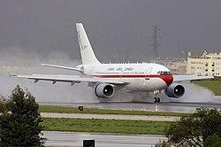 Airbus A310-304 - SPaF.jpg