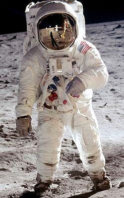 Aldrin Apollo 11 cropped.jpg