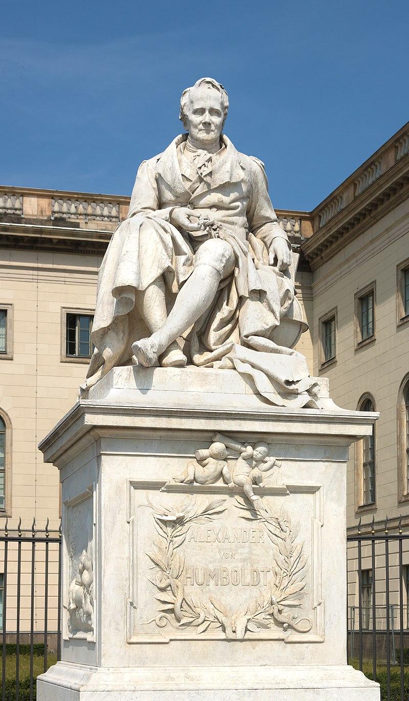 Alexander von Humboldt Denkmal - Humboldt Universit%C3%A4t zu Berlin.jpg