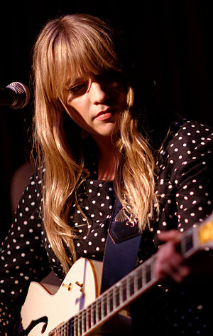 Alexz Johnson - Johnson performing at the Hotel Café in Hollywood, February 2015