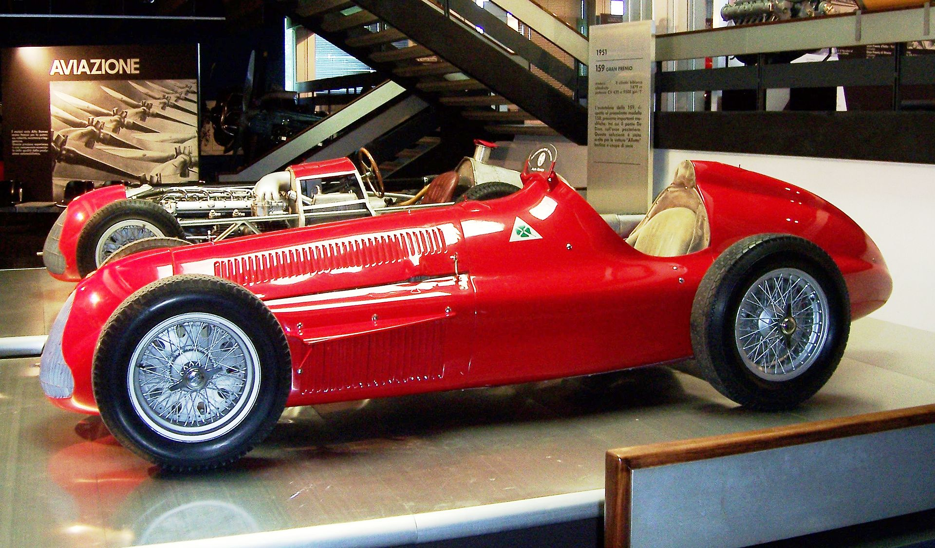 1920px-Alfa_Romeo_Alfetta_159_Arese_2007