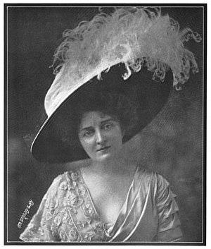 Otto Sarony - Broadway actress Alice Johnson in 1908