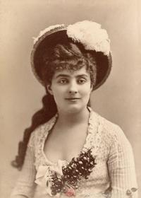 Alice Regnault Nadar.png