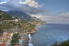 Amalfi coast at Minori.jpg