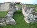 Anfiteatro di epoca romana (Venosa).jpg