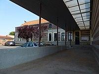Aubry-du-Hainaut (Nord, Fr) mairie.JPG