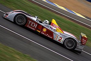 2008 24 Hours of Le Mans - Image: Audi R10 2008