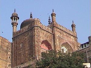 Alamgir Mosque - Aurangzeb Mosque or Alamgir Mosque