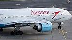 Austrian Airlines Boeing 777-200 OE-LPE (34922242532).jpg