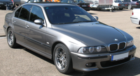 BMW M5 (3783871371) Edited.png