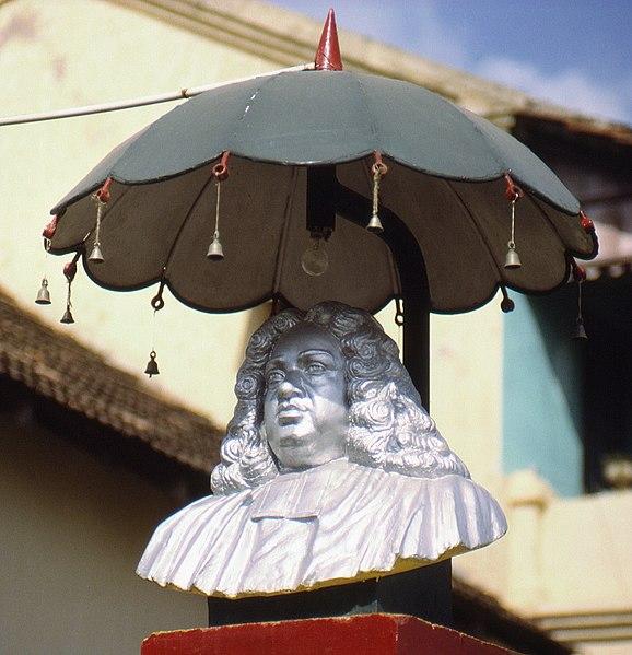 File:Bartholomäus Ziegenbalg monument in Tranquebar, Tamil Nadu, South India.jpg