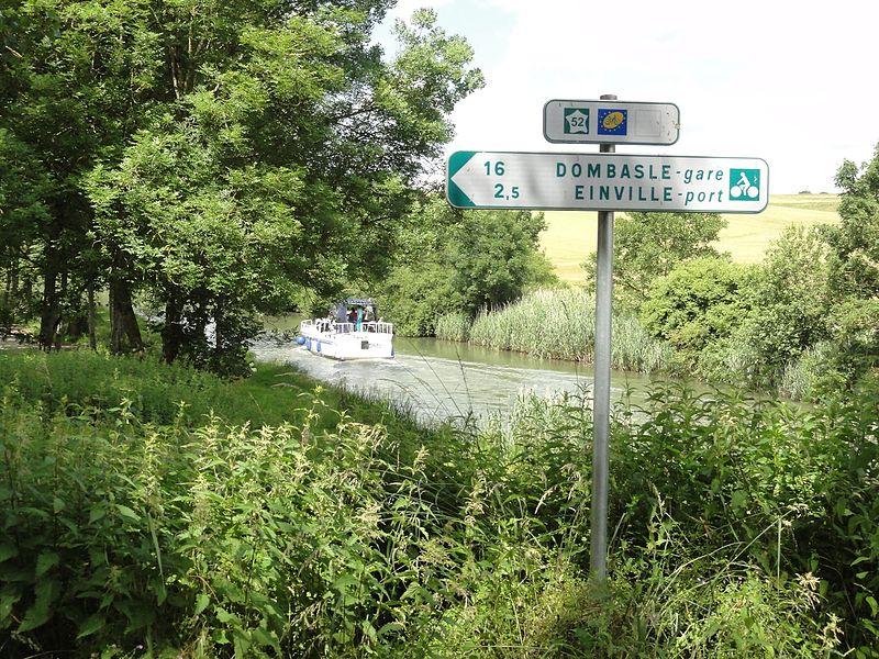 Bauzemont (M-et-M) voie verte du canal de la Marne au Rhin