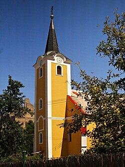 Beckov-Eglise clocher.jpg