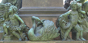 Fidelio - The theatrical mask contemplated by a putto on the Beethoven monument by Kaspar von Zumbusch (Vienna, 1880) commemorates Beethoven's sole opera in the city where it made its debut