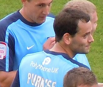 Ben Purkiss - Purkiss playing for Oxford United in 2010